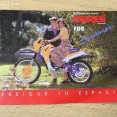 Coches y Motocicletas: (M) CATALOGO ORIGINAL AÑOS 90 DERBI RABASA FDS SAVANNAH, 1 HOJA, SEÑALES DE USO NORMALES. Lote 202072605
