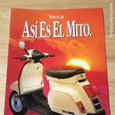 Coches y Motocicletas: (M) CATALOGO ORIGINAL AÑOS 90 MOTOCICLETA PIAGGIO VESPA 75 - 125 , 1 HOJA, BUEN ESTADO. Lote 202072760