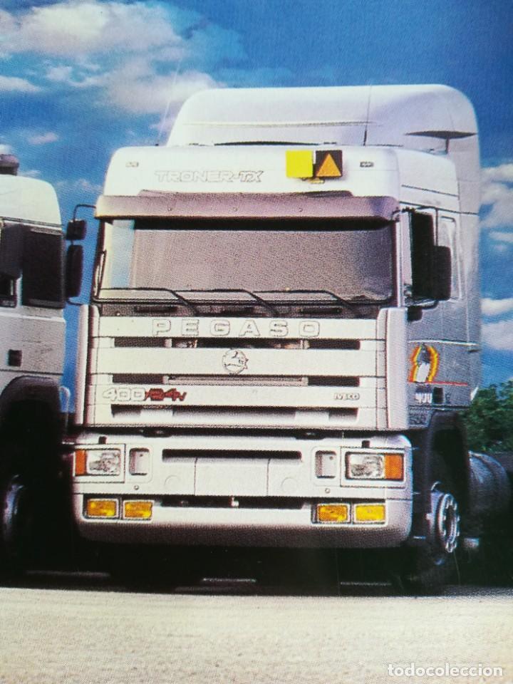 Coches y Motocicletas: Impresionante póster cartel camión Pegaso Troner 400, Trakker, etc año 1990 - Foto 3 - 203731187