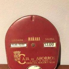 Coches y Motocicletas: ANTIGUO DISCO CONTROL DE ESTACIONAMIENTO. PUBLICIDAD CAJA DE AHORROS Y MONTE DE PIEDAD DE ZARAGOZA,. Lote 215492505