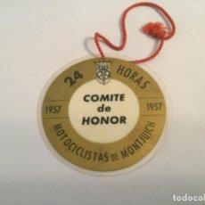 Automobili e Motociclette: PASE TRIBUNA CARRERA 1957 24 HORAS MOTOCICLISTAS DE MONTJUICH MOTOCICLISMO MONTJUIC. Lote 218598371
