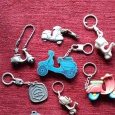 Coches y Motocicletas: VESPA , LOTE DE LLAVEROS.. Lote 225547621