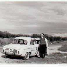 Coches y Motocicletas: BONITA FOTO FANTÁSTICO COCHE RENAULT DAUPHINE GORDINI 1965 GF. Lote 231200720