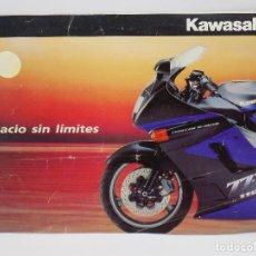 Coches y Motocicletas: CATALOGO KAWASAKI AÑOS 90. Lote 252896920