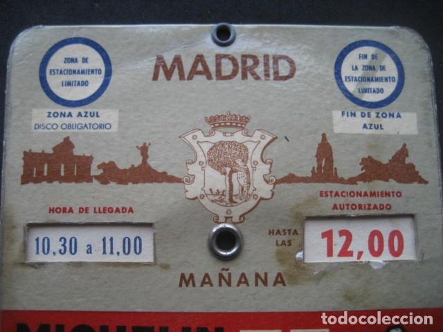 Coches y Motocicletas: DISCO HORARIO NEUMATICOS MICHELIN. MADRID AÑOS 60 - Foto 2 - 253552610