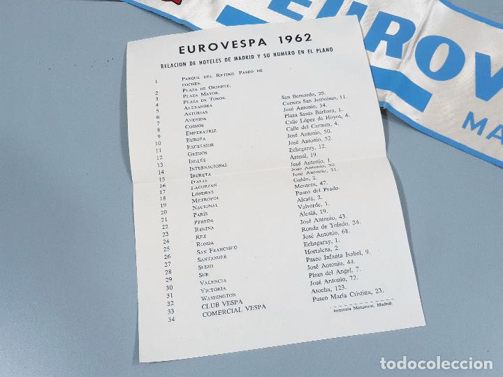 Coches y Motocicletas: DORSAL DE LA MOTO Y HOJA DE HOTELES DE EUROVESPA MADRID 62 - VESPA CLUB ESPAÑA 1962 - Foto 3 - 253553310