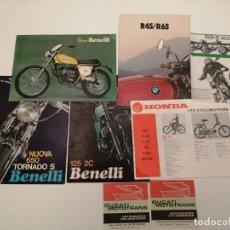 Coches y Motocicletas: LOTE CATALOGOS MOTOS HONDA, BENELLI, DUCATO, ETC (ALGUNOS REPETIDOS), ORIGINALES DE EPOCA. Lote 269108763