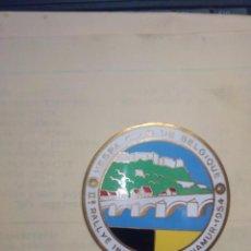 Carros e motociclos: PLACA ESMALTADA DEL II RALLY INTERNACIONAL NAMUR 1954 - VESPA CLUB BELGIQUE. Lote 277617763