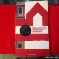 Catálogos y Libros de Monedas: MEDALLAS ESPAÑOLAS DE LA COLECCIÓN ROMERO ORTIZ, 2014, MINISTERIO DE DEFENSA. 237 PÁGINAS EN RÚSTICA. Lote 151387432