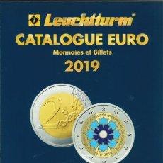 Catálogos y Libros de Monedas: CATÁLOGO €URO 2019. A TODO COLOR. 667 PÁGINAS. Lote 179944045