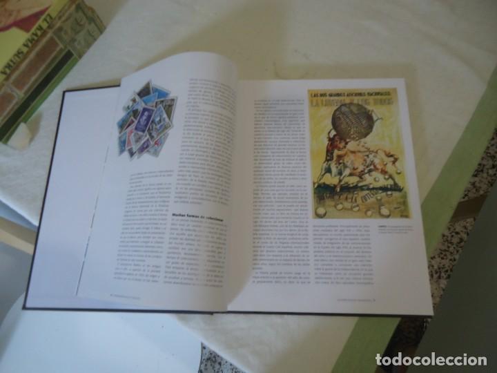 Catálogos y Libros de Monedas: Estuche el franquismo en sellos y billetes - Foto 4 - 212407355