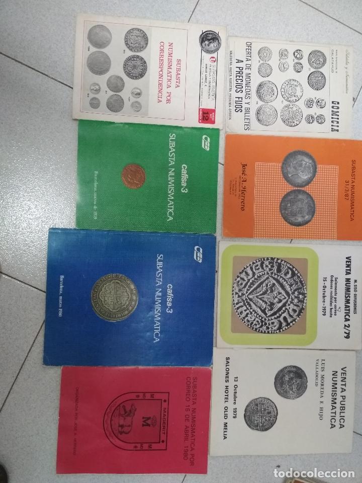 Catálogos y Libros de Monedas: LOTE 41 CATALOGOS SUBASTAS AÑOS 70/80 Y REVISTAS NUMISMATICA 2004/2005. VARIOS. - Foto 2 - 215629263