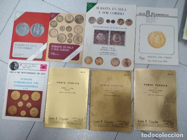 Catálogos y Libros de Monedas: LOTE 41 CATALOGOS SUBASTAS AÑOS 70/80 Y REVISTAS NUMISMATICA 2004/2005. VARIOS. - Foto 7 - 215629263