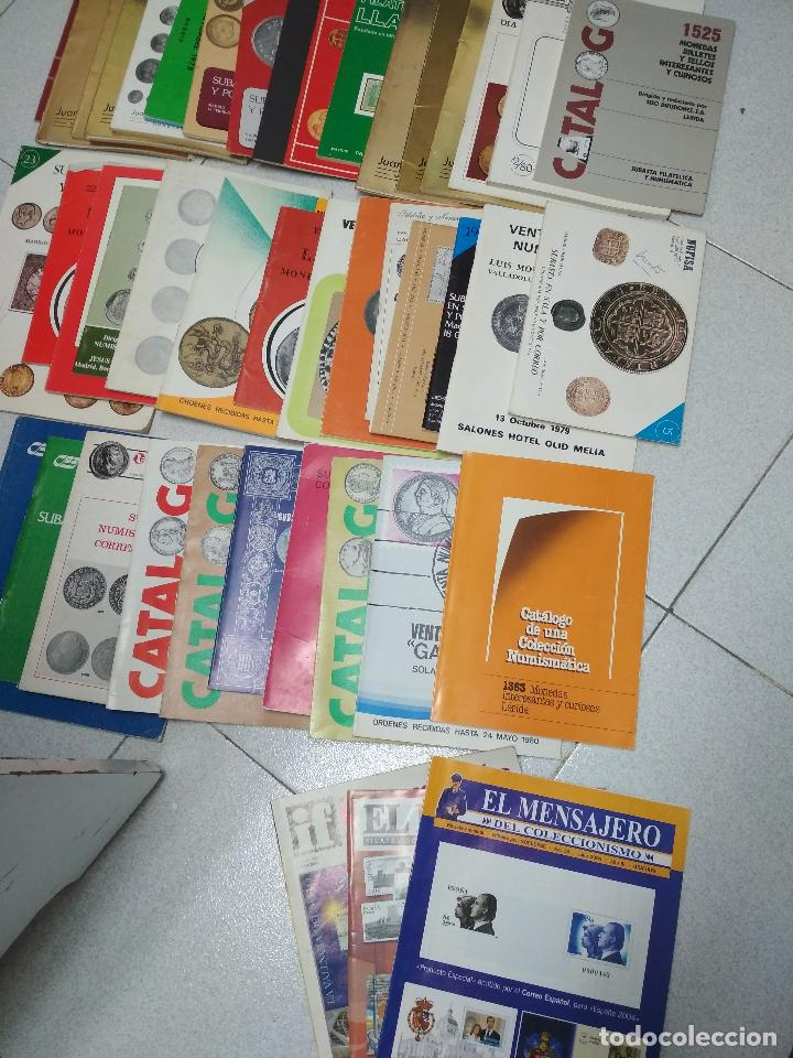 LOTE 41 CATALOGOS SUBASTAS AÑOS 70/80 Y REVISTAS NUMISMATICA 2004/2005. VARIOS. (Numismática - Catálogos y Libros)