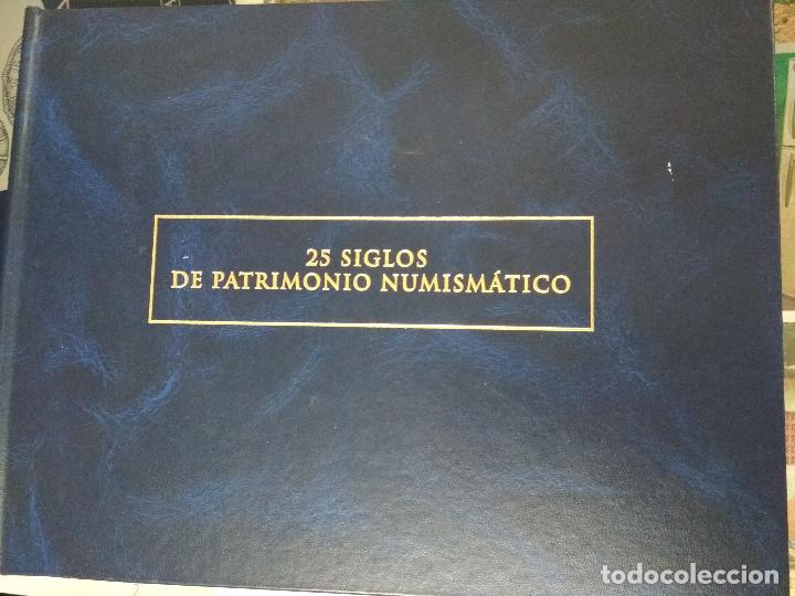 25 SIGLOS DE PATRIMONIO NUMISMATICO. ALBUM Y FICHAS. (Numismática - Catálogos y Libros)