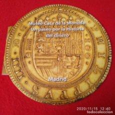 Catálogos y Libros de Monedas: MUSEO CASA DE LA MONEDA: UN PASEO POR LA HISTORIA DEL DINERO. 16 PAGINAS, EN INGLÉS Y ESPAÑOL. RÚSTI. Lote 224716592