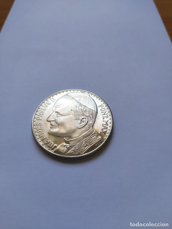 Catálogos y Libros de Monedas: Moneda de plata. Viaje conmemorativo Juan Pablo II a España - Foto 9 - 255952720