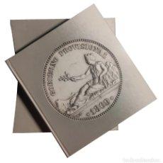 Catálogos y Libros de Monedas: LA PESETA : 1868 – 2001. MADRID : BBVA, 2001.. Lote 282067313
