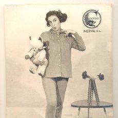 Catálogos publicitarios: ANTIGUO CARTON PUBLICITARIO, CATALOGO, PROPAGANDA ROPA FEMENINA