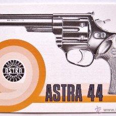 Catálogos publicitarios: CATALOGO ARMAS PISTOLAS REVOLVER ASTRA UNCETA MODELO 44 GUERNICA VIZCAYA PAIS VASCO. Lote 50360778