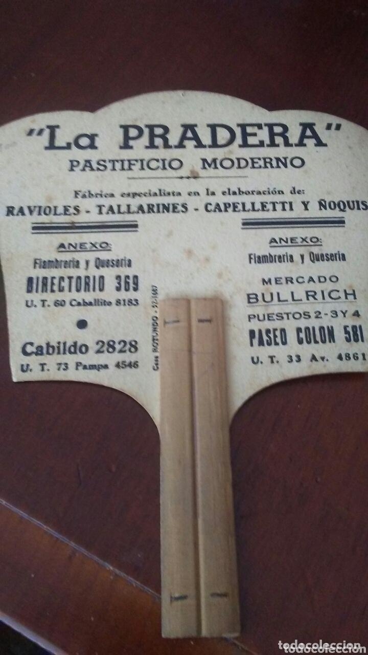 Catálogos publicitarios: Abanico Pay Pay de carton con publicidad ,años 50 - Foto 2 - 173593742