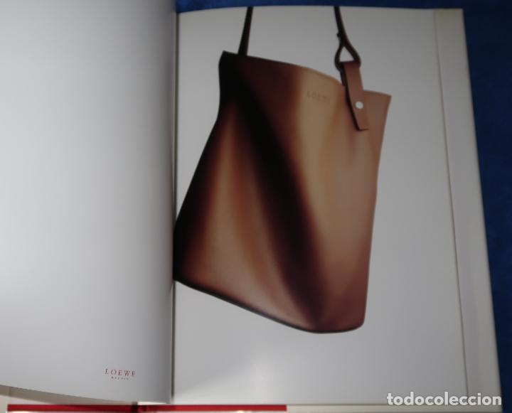 Catálogos publicitarios: Loewe - Catálogo Otoño 2000 / 2001 - Foto 4 - 191750038