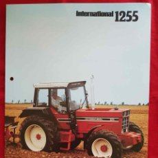 Catálogos publicitarios: CATALOGO DE TRACTOR INTERNATIONAL HARVESTER 1255. Lote 227799210