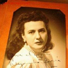 Cine: ANTIGUA FOTOGRAFÍA CON AUTÓGRAFO DE LA ARTISTA VICTORIA POVEDA, CIRCA 1940. PRECIO SALIDA 22, NO 2 E. Lote 1307975