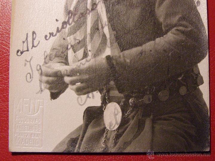 Cine: Antiguo autógrafo - Sin determinar por el momento - Sello en seco F. Mena Carretas 39 - Año 1923 - Foto 2 - 43131017