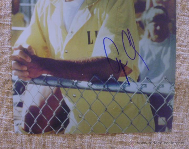 Cine: Fotografía firmada por George Clooney. A color. Año 2001. Mide 26x20 cm. (8x10,25 pulgadas) - Foto 2 - 43355560