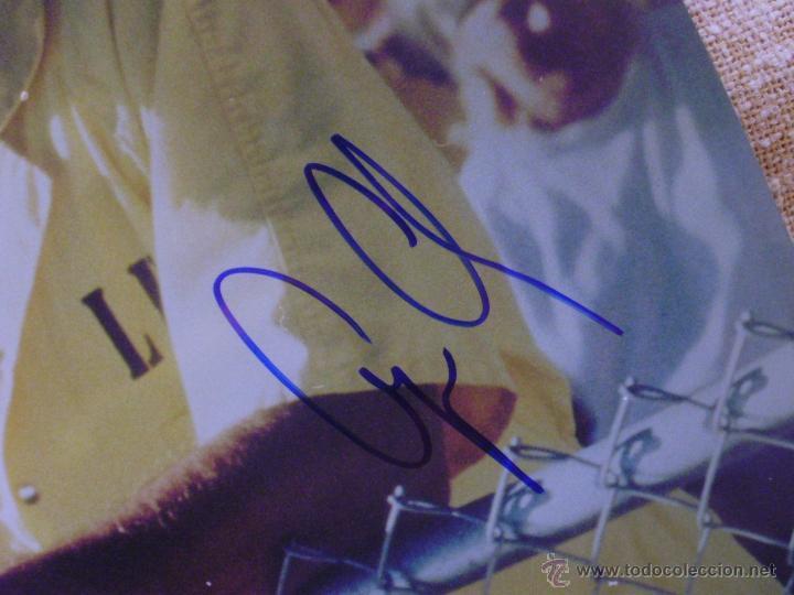 Cine: Fotografía firmada por George Clooney. A color. Año 2001. Mide 26x20 cm. (8x10,25 pulgadas) - Foto 3 - 43355560