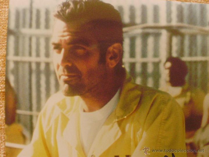 Cine: Fotografía firmada por George Clooney. A color. Año 2001. Mide 26x20 cm. (8x10,25 pulgadas) - Foto 6 - 43355560