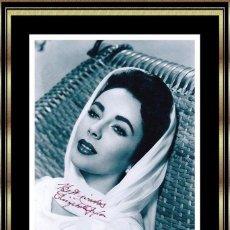 Cine: FOTO FIRMADA A MANO POR LA REINA DE HOLLYWOOD ELIZABETH TAYLOR (1932-2011) CON CERTIFICACION FIRMADA. Lote 100170939