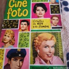 Cine: AUTÓGRAFOS DE INGRID BERGMAN Y ANTHONY QUINN EN ALBUM DE CROMOS CINE FOTO. Lote 102297138