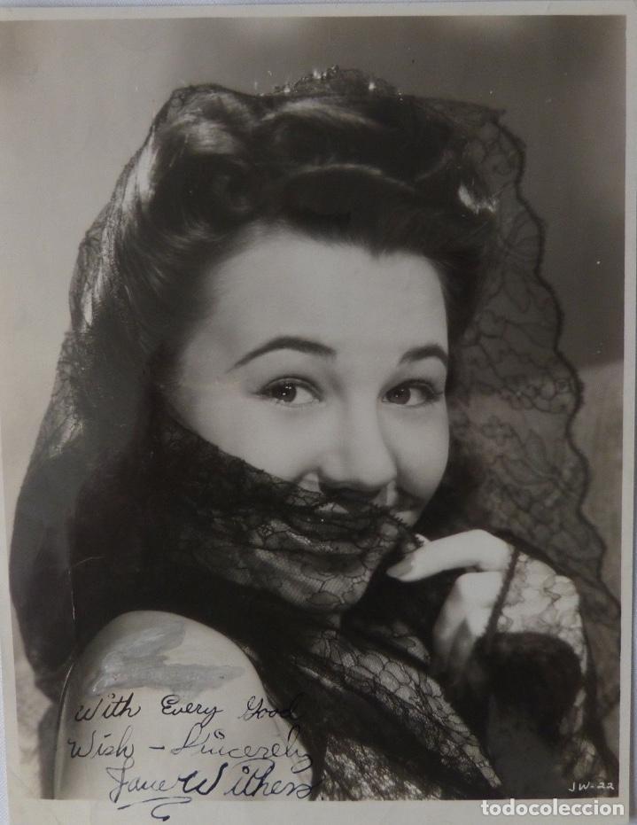JANE WITHERS SIGNED PHOTO (Cine - Autógrafos)