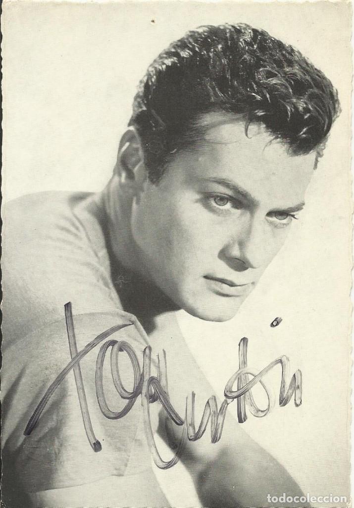 AUTÓGRAFO ORIGINAL, FIRMA TONY CURTIS. 15X10 CM. AUTOGRAPH, HAND SIGNED. HOLLYWOOD. (Cine - Autógrafos)