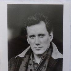 Cine: AUTOGRAFO DE JAMES WOOD EN FOTOGRAFIA EN B/N, 1989 COLUMBIA PUBLICITY PHOTO. Lote 130641166