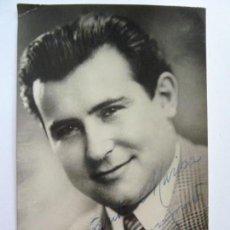 Cine: FOTOGRAFÍA DEDICADA Y FIRMADA POR UN ACTOR. AÑO 1962 (16 X 9,5 CM). Lote 137979774