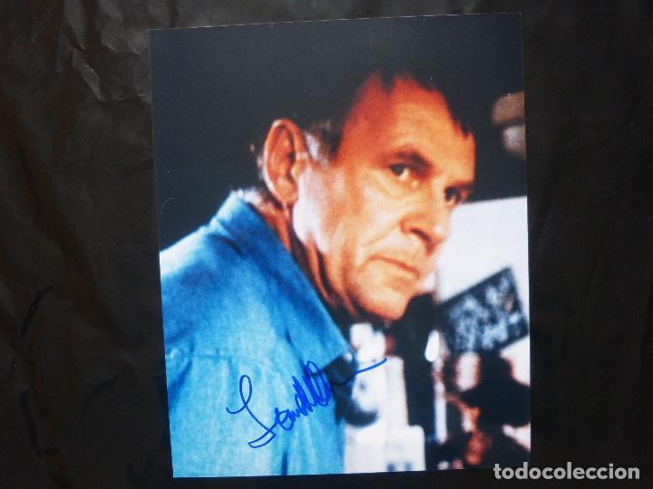 Cine: Autografo de TOM WILKINSON firma el retrato de 8x10 REPRO 2002 - Foto 4 - 141151354