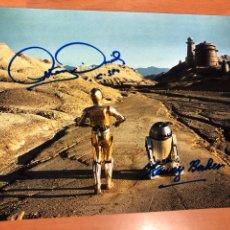Cine: FOTO CON AUTÓGRAFO DE KENNY BAKER Y ANTHONY DANIELS.R2-D2 C-3PO.STAR WARS LA GUERRA DE LAS GALAXIAS. Lote 143111200