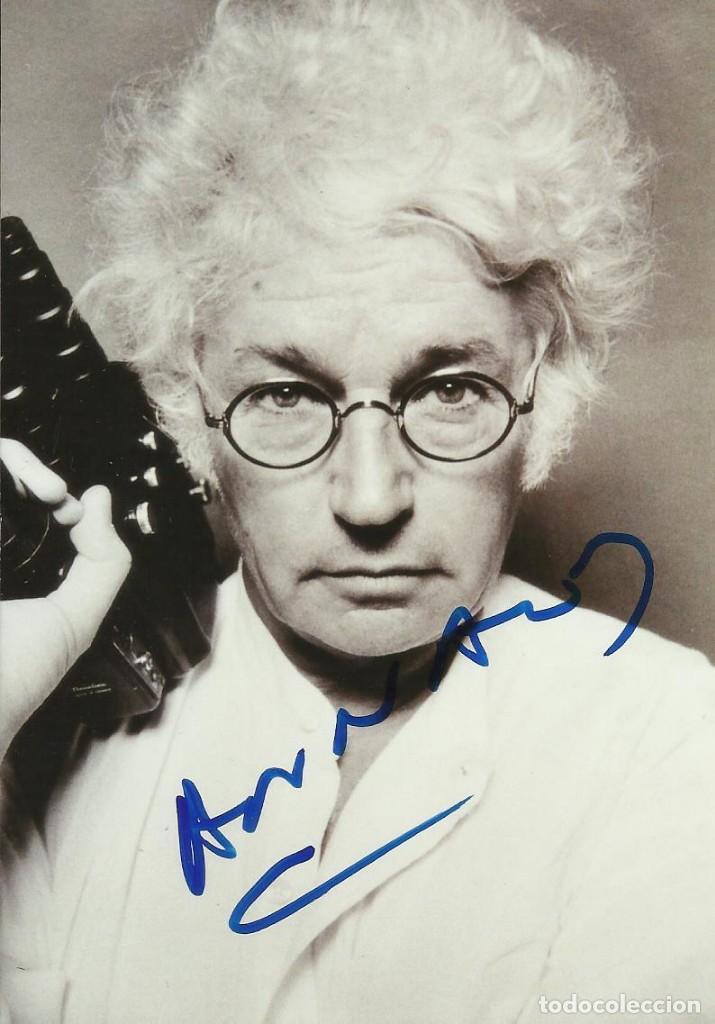 AUTÓGRAFO DEL DIRECTOR JEAN JACQUES ANNAUD. FIRMA. AUTOGRAPH. EL NOMBRE DE LA ROSA. (Cine - Autógrafos)