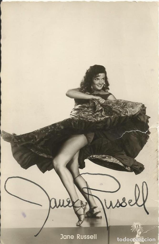 JANE RUSSELL. AUTÓGRAFO, FIRMA ORIGINAL. POSTAL FOTOGRÁFICA. LOS CABALLEROS LAS PREFIEREN RUBIAS. (Cine - Autógrafos)