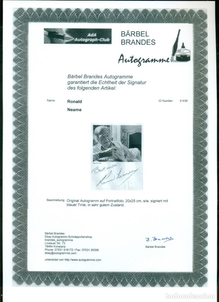 Cine: AUTOGRAFO ORIGINAL DEL DIRECTOR RONALD NEAME (1911-2010) CON CERTIFICADO DE AUTENTICIDAD. - Foto 2 - 178371116
