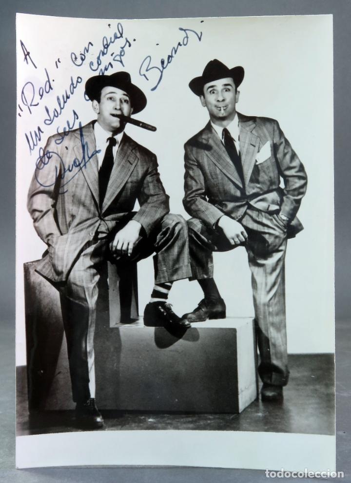 FOTO ORIGINAL CON AUTÓGRAFOS ACTORES DICK Y BEAND AÑOS 50 (Cine - Autógrafos)