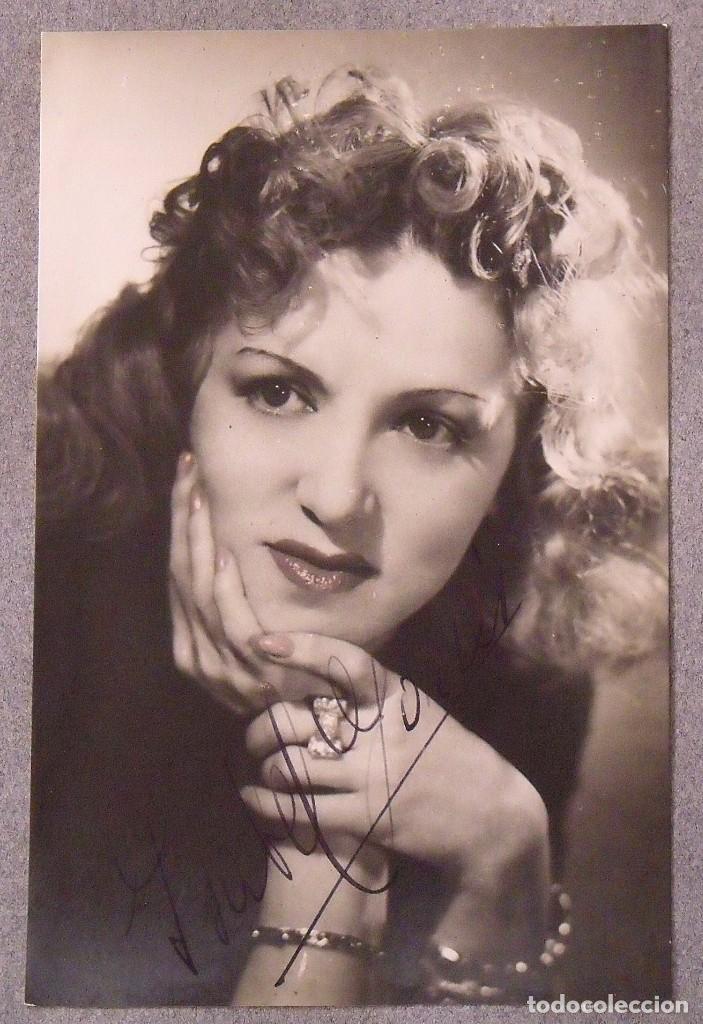 Cine: Álbum autógrafos estrellas Hollywood años 40. Johnny Weissmüller, Glen Ford, Bing Crosby, etc. - Foto 24 - 189938211