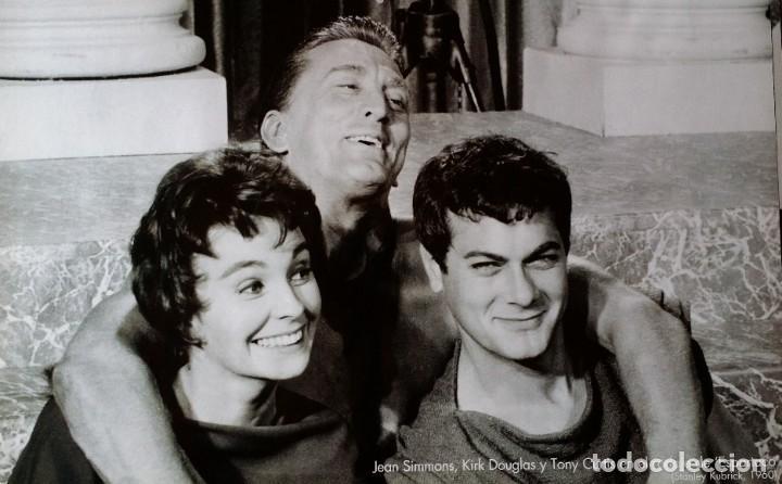 Cine: Joseph L. Mankiewicz, AUTOGRAFO enmarcado con lámina / 36 laminas Historia del Cine, 1984 - Foto 14 - 190339346