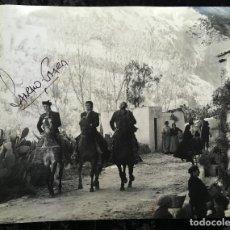 Cine: FOTOGRAFÍA CURRO JIMÉNEZ - FIRMA SANCHO GRACIA - GRAN FORMATO 30,5X24CM - ALGARROBO - EL ESTUDIANTE. Lote 193853171