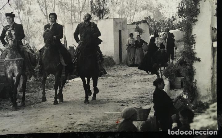 Cine: FOTOGRAFÍA CURRO JIMÉNEZ - FIRMA SANCHO GRACIA - GRAN FORMATO 30,5x24cm - ALGARROBO - EL ESTUDIANTE - Foto 3 - 193853171
