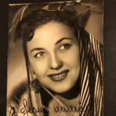 Cine: FOTO CON AUTÓGRAFO DE QUETA CLAVER.FOTO SAUS VALENCIA 13,5 X 8 CM. Lote 194743576