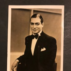 Cine: FOTO CON AUTÓGRAFO DE CARLOS CASARAVILLA 14 X 9 CM. Lote 194977538
